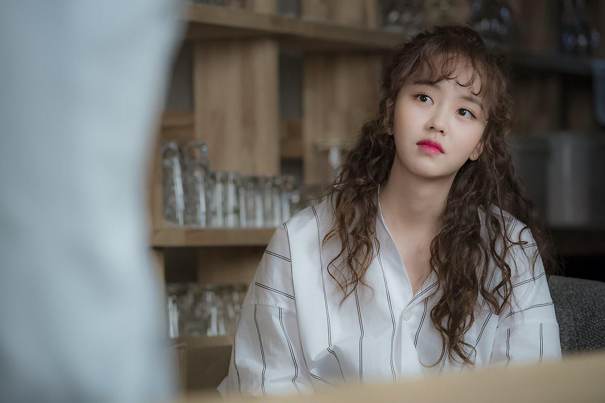 """""""Em gái quốc dân"""" Kim So Hyun lao đao vì bê bối quấy rối tình dục của Ji Soo - Ảnh 13."""