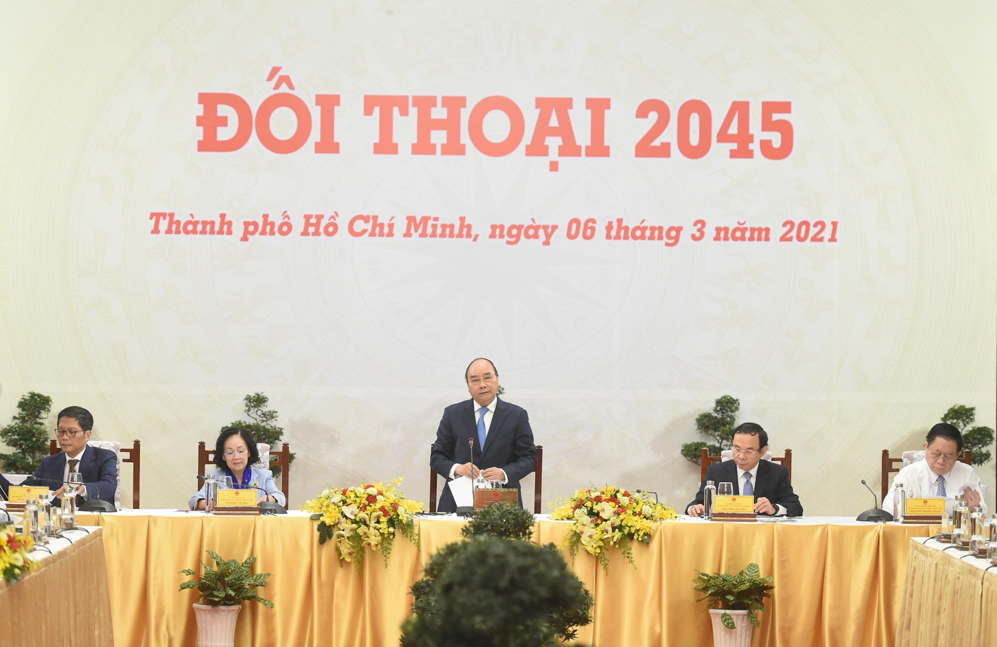 """""""Đối thoại 2045"""": Thủ tướng lắng nghe tiếng nói từ giới tinh hoa - Ảnh 1."""