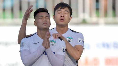 """Văn Thanh từng bật khóc """"cay đắng"""" khi ĐT Việt Nam vô địch AFF Cup - Ảnh 1."""