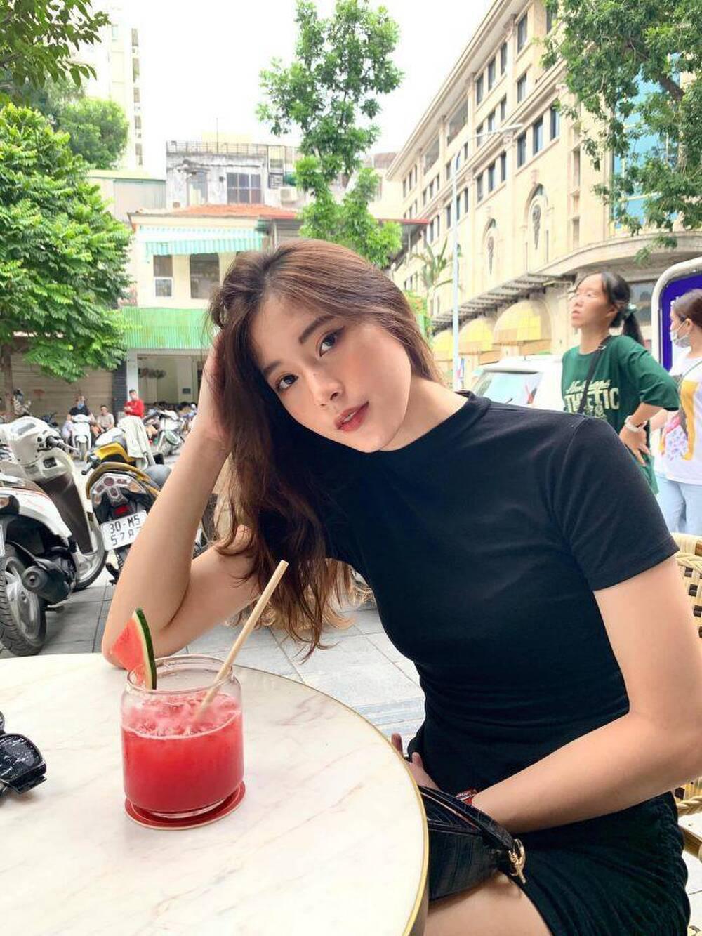 Hot girl bóng chuyền Đặng Thu Huyền vừa giải nghệ cuốn hút cỡ nào? - Ảnh 7.
