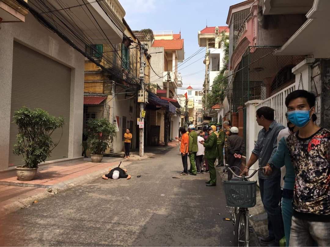 Hải Phòng: Án mạng kinh hoàng cháu đâm chết bác ở ngõ Đặng Thị Kim Nở - Ảnh 1.