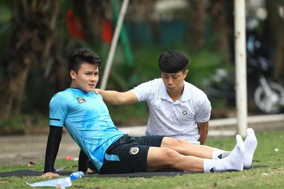 Thái tử Malaysia muốn mua Valencia, Quang Hải sẽ sang La Liga? - Ảnh 2.