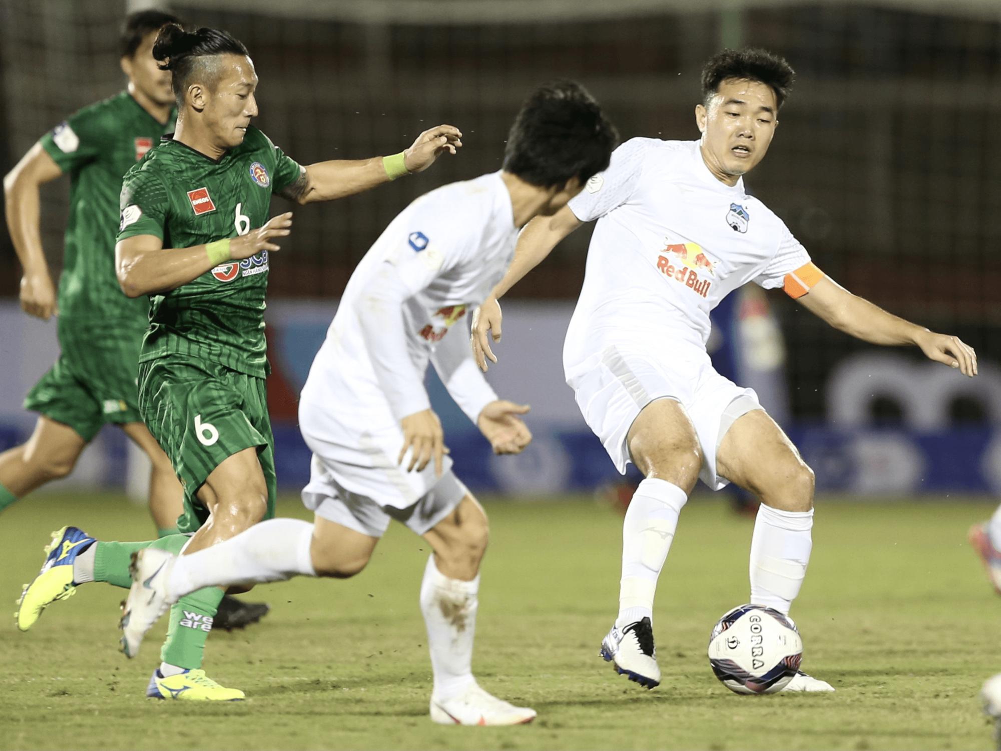 """4 lý do giúp Xuân Trường thành """"ông chủ lớn"""" của bóng đá Việt Nam - Ảnh 1."""