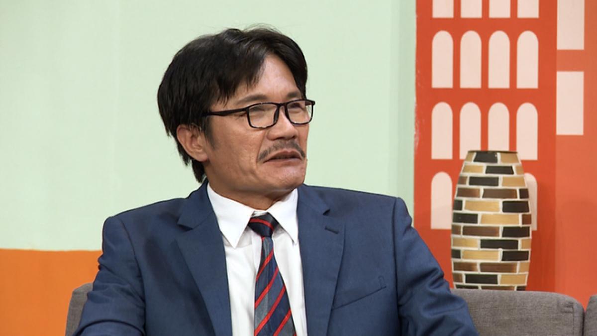 """NSƯT Công Ninh: """"Phim được đầu tư hàng chục tỷ nhưng sân khấu chỉ vài chục triệu"""" - Ảnh 1."""