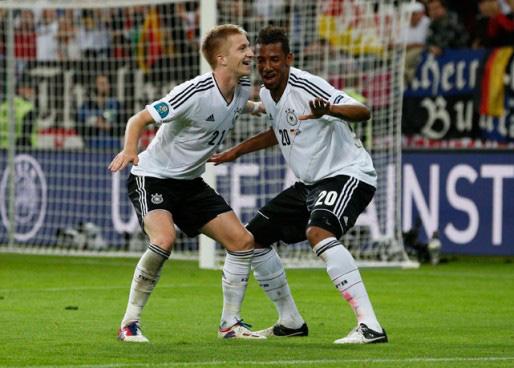 Reus và Boateng được Joachim Low trọng dụng.