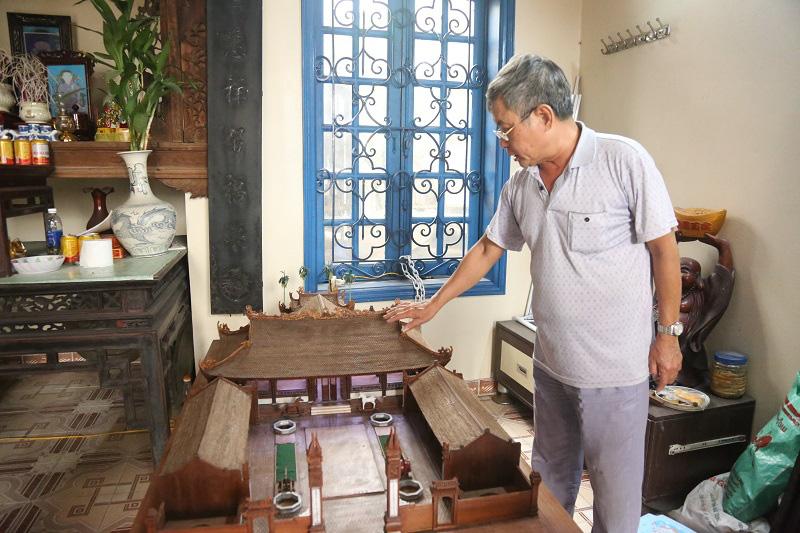 Ngắm nhìn mô hình đình làng hơn 300 năm siêu nhỏ của nghệ nhân Hà Nội - Ảnh 2.