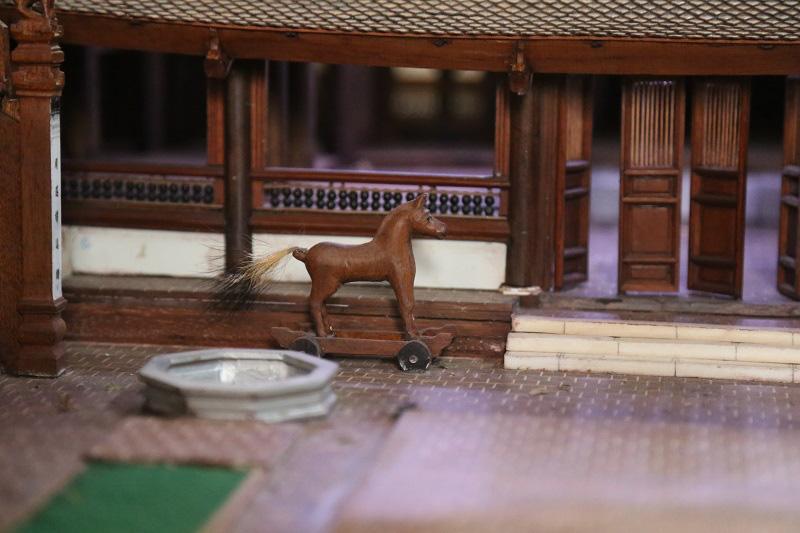 Ngắm nhìn mô hình đình làng hơn 300 năm siêu nhỏ của nghệ nhân Hà Nội - Ảnh 5.