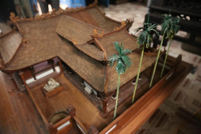 Ngắm nhìn mô hình đình làng hơn 300 năm siêu nhỏ của nghệ nhân Hà Nội - Ảnh 3.