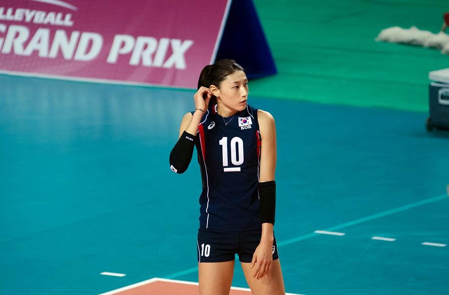 Nữ thần bóng chuyền cao 1m92: Tài năng, xinh đẹp và... siêu giàu - Ảnh 7.