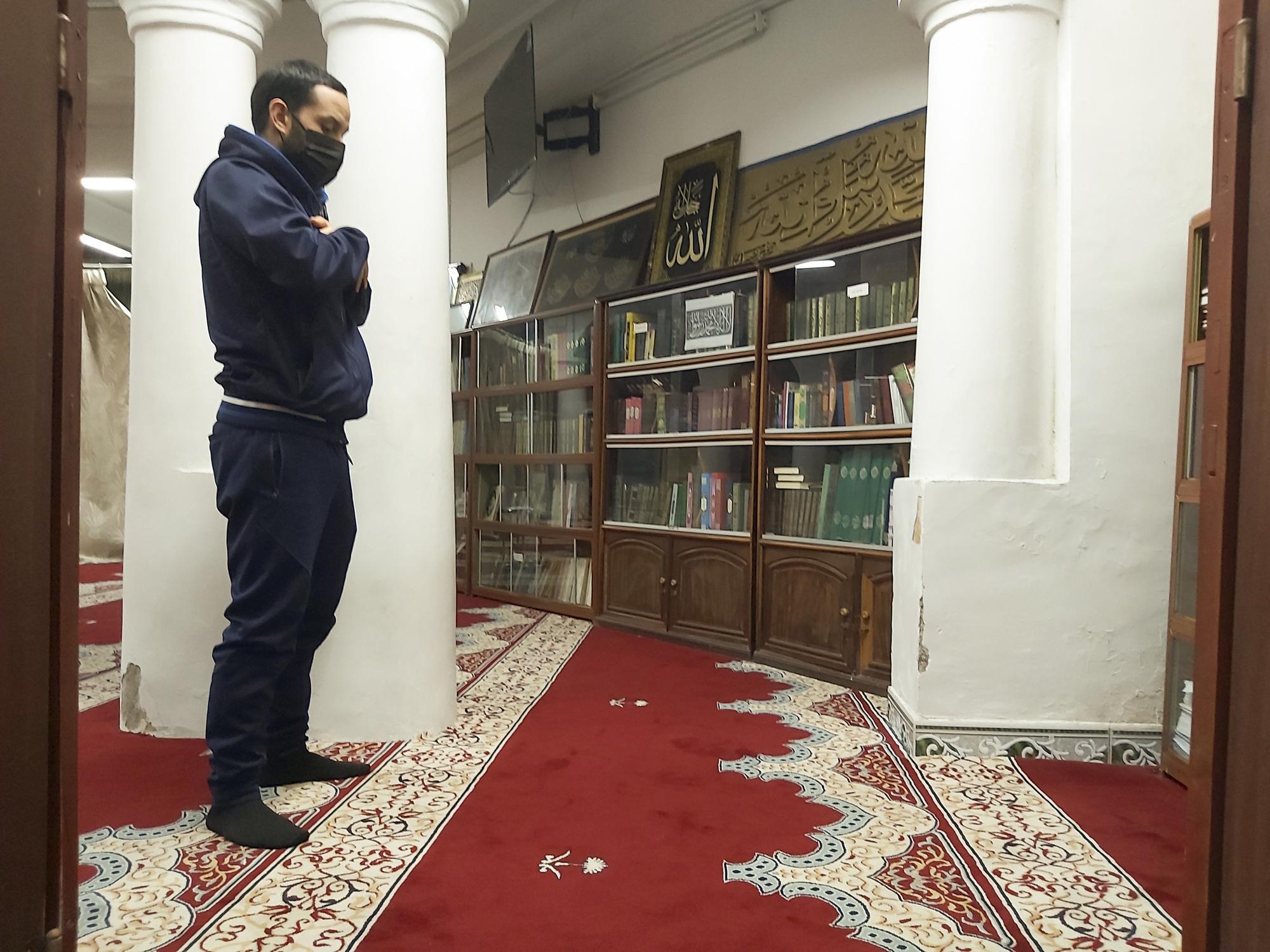 """Những điều """"huyền bí"""" bên trong thánh đường Hồi giáo duy nhất ở miền Bắc - Ảnh 11."""