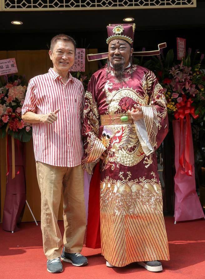 """Cuộc sống tuổi xế chiều của bộ ba huyền thoại trong """"Bao Thanh Thiên"""" - Ảnh 12."""