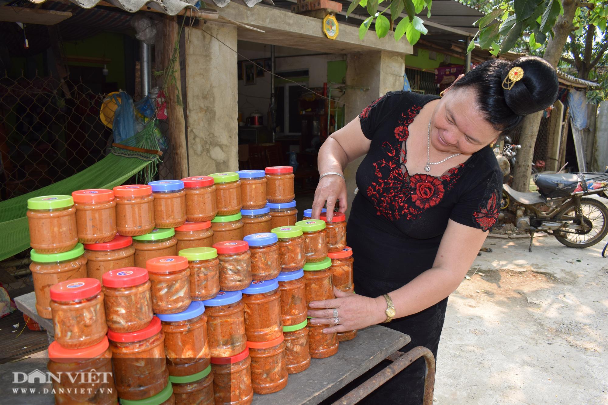 Cá chua Tạ Bú, món ngon của người Thái khiến thực khách ăn vào nhớ mãi - Ảnh 4.