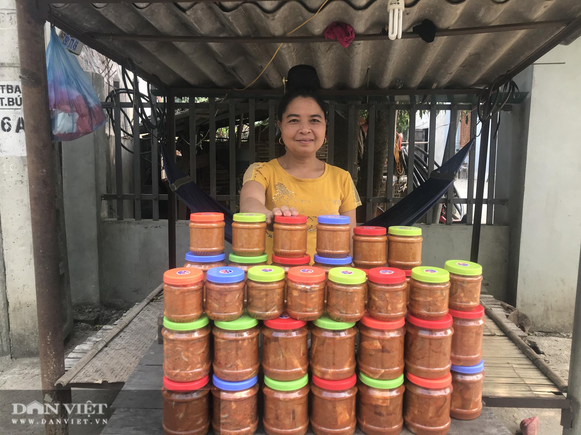 Cá chua Tạ Bú, món ngon của người Thái khiến thực khách ăn vào nhớ mãi - Ảnh 1.
