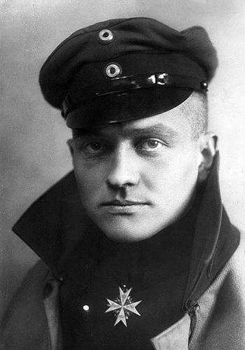 """Phi công Đức có biệt danh """"Nam tước đỏ"""", bắn hạ 80 máy bay - Ảnh 1."""