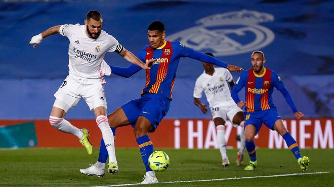 Real Madrid lên đỉnh La Liga, vì sao HLV Zidane vẫn lo lắng? - Ảnh 1.