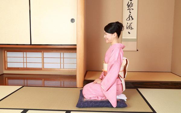 5 lý do người Nhật Bản thường ngồi bệt xuống sàn để ăn - Ảnh 1.