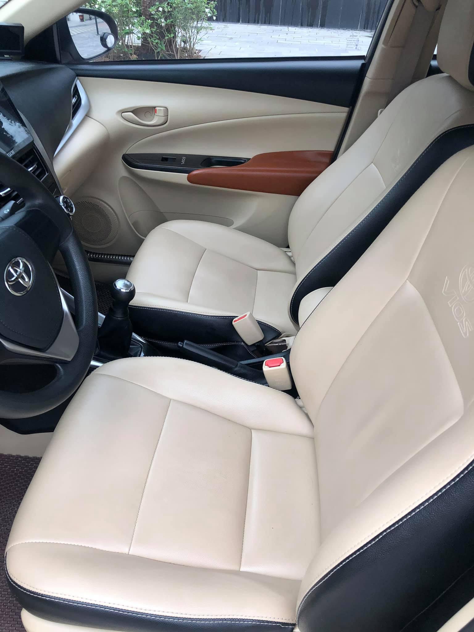 Toyota Vios số sàn đời 2018 màu vàng cát, đẹp như mới, rao bán giá ngỡ ngàng - Ảnh 3.
