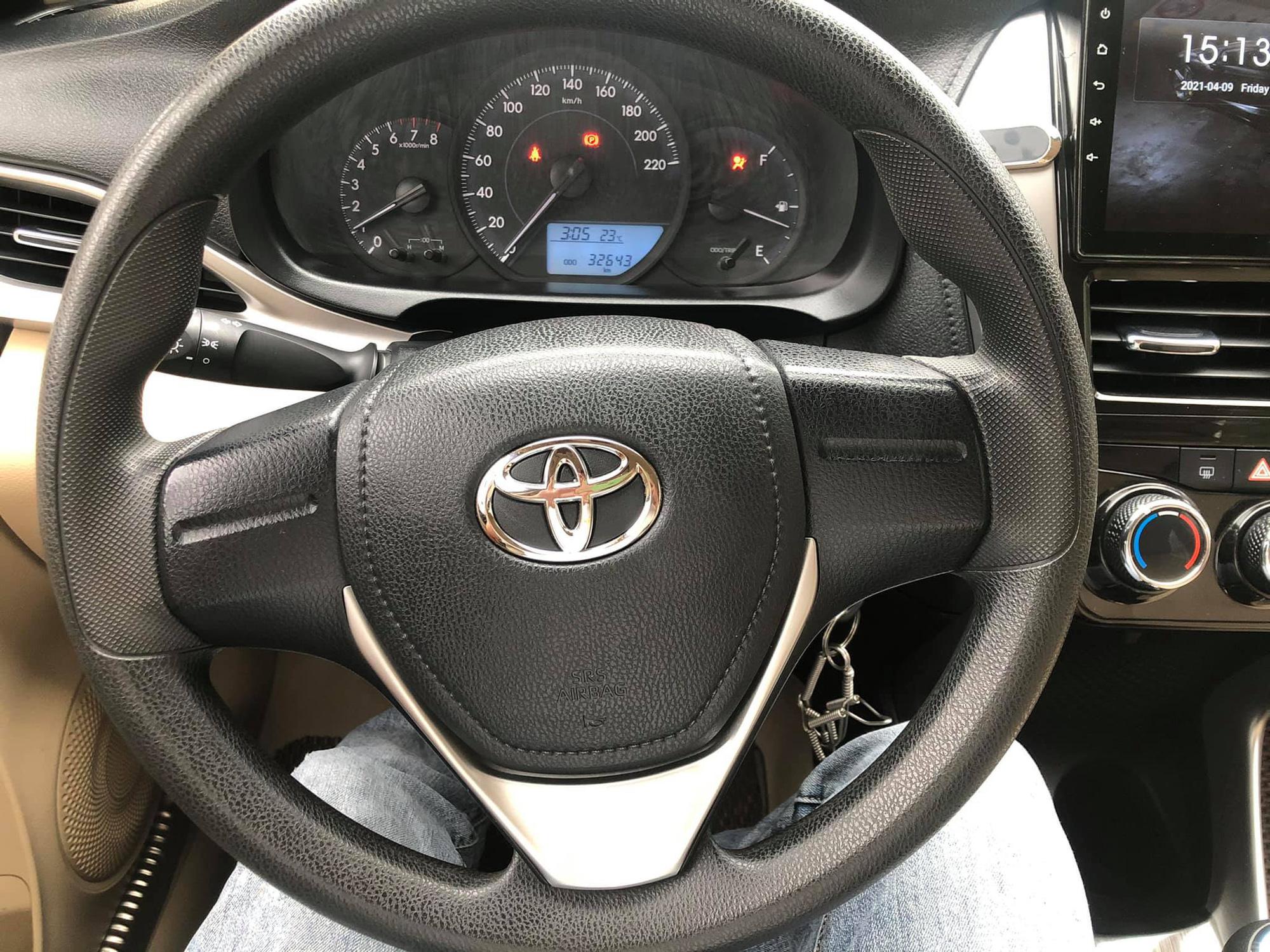 Toyota Vios số sàn đời 2018 màu vàng cát, đẹp như mới, rao bán giá ngỡ ngàng - Ảnh 4.