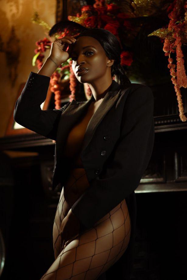 Cựu hoa hậu làm nên lịch sử khi là người châu Phi da màu đầu tiên chụp hình bìa cho tạp chí Playboy - Ảnh 4.