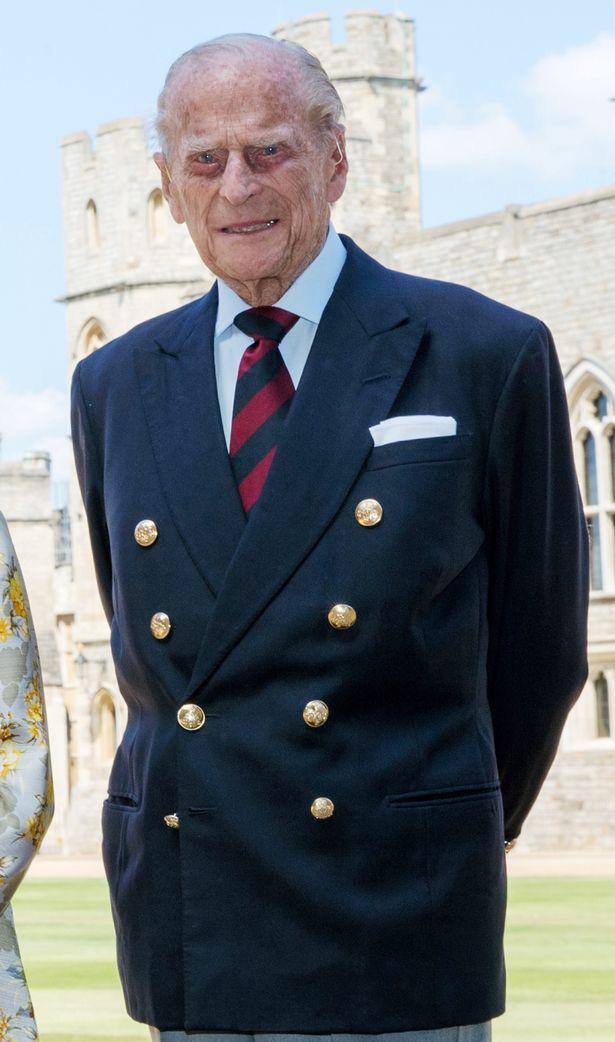3 lời dặn dò cuối cùng của Hoàng tử Philip dành cho Thái tử Charles trước khi lâm chung - Ảnh 3.