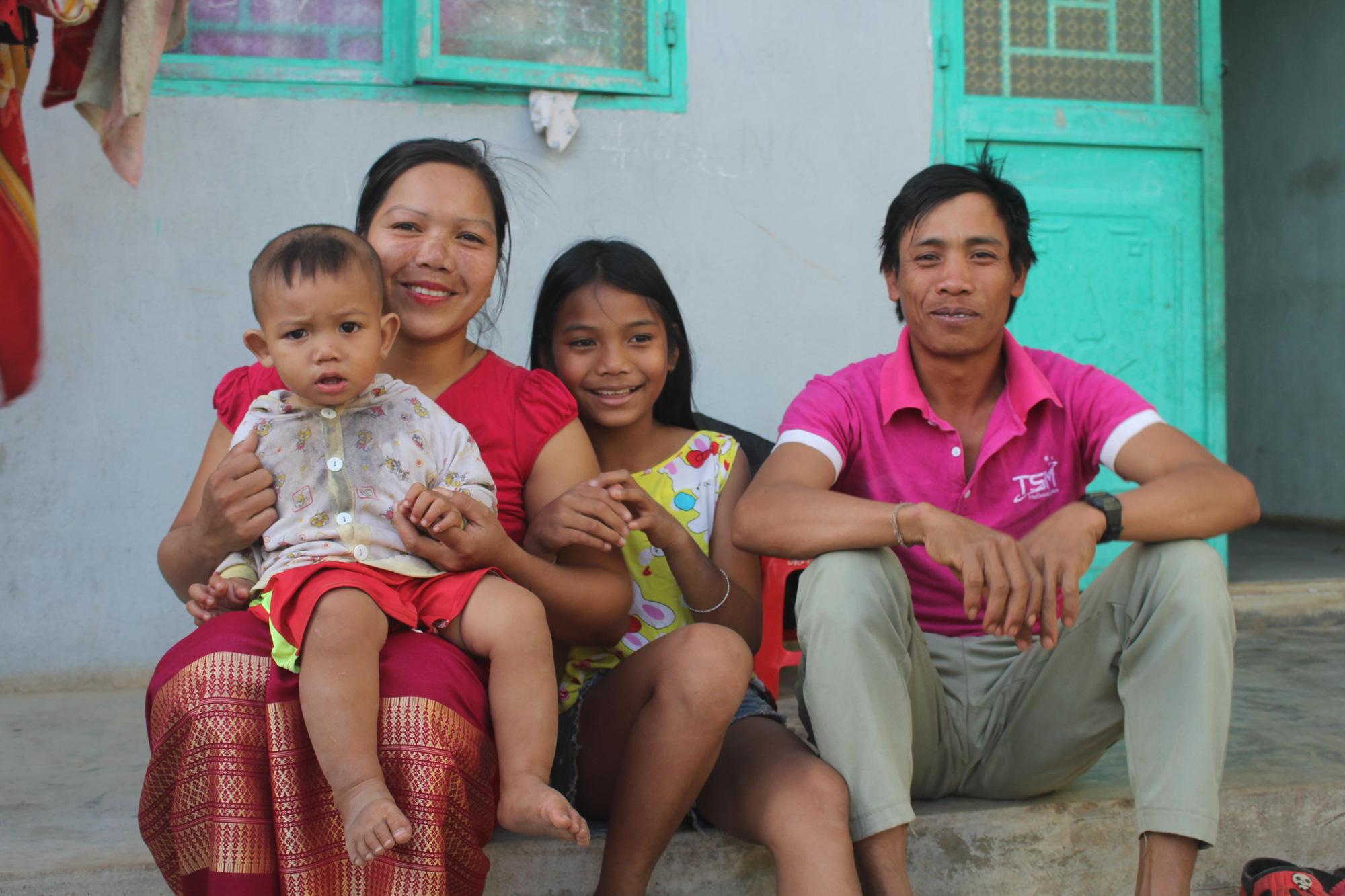 Kon Tum: Chiêm ngưỡng ngôi làng, nơi một tiếng gà gáy cả 3 nước đều nghe - Ảnh 5.