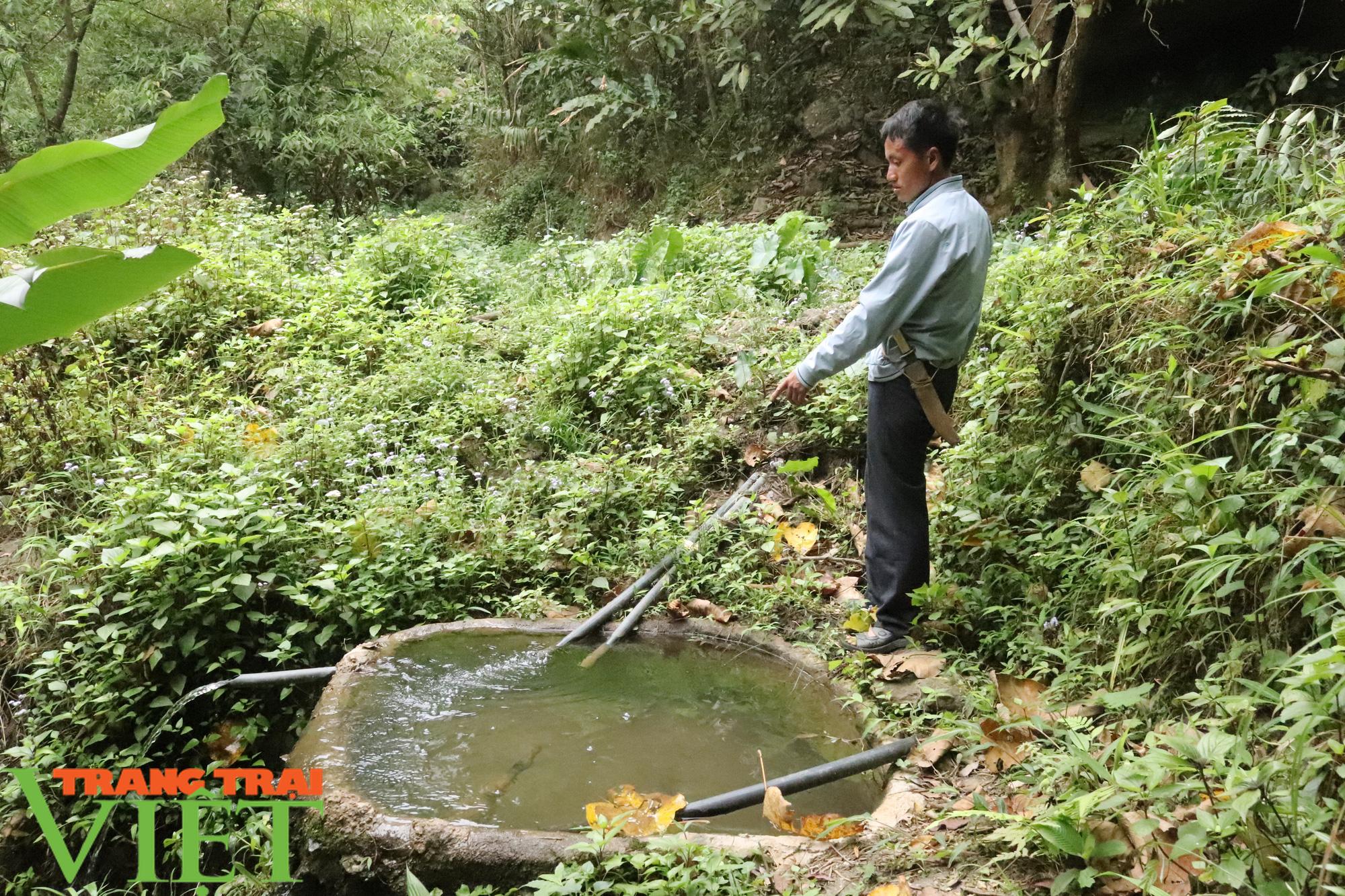 Luật sư nói gì về vụ chặn dòng, bán nguồn nước ở Sơn La? - Ảnh 1.