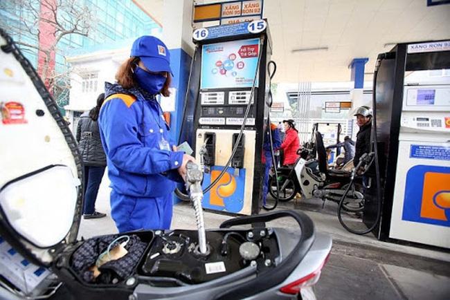 Giá xăng dầu đồng loạt giảm nhẹ chiều 12/4 - Ảnh 1.