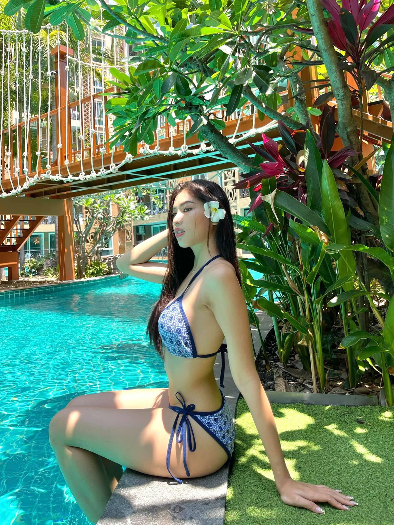"""""""Bỏng mắt"""" ngắm dàn Hoa hậu, Á hậu mặc bikini quyến rũ chào hè - Ảnh 7."""