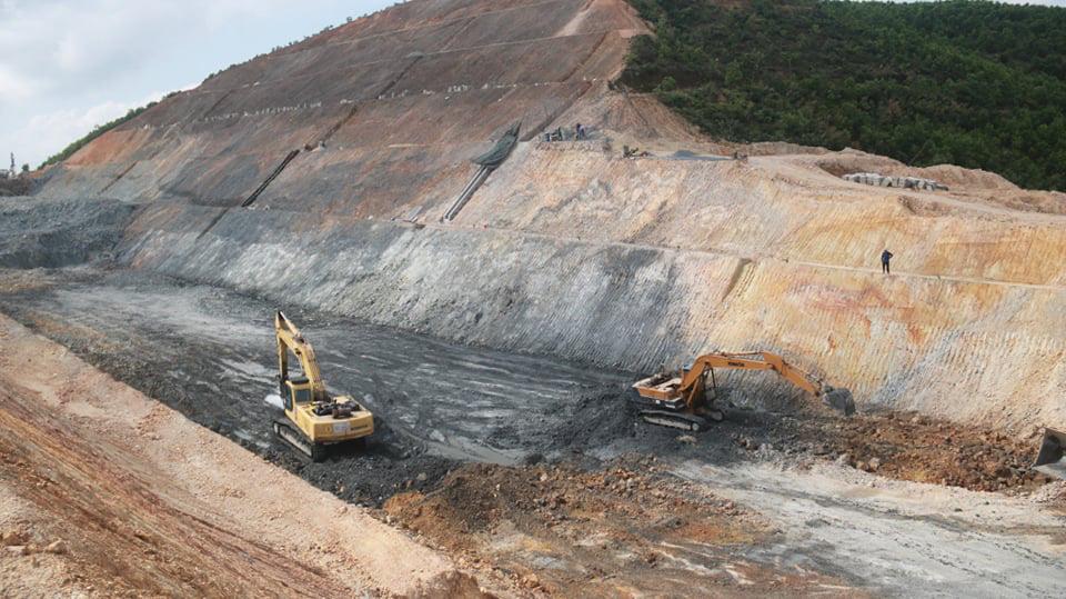 Tháng 4 Quảng Trị, xuyên rừng ngắm cung đường gần 8 ngàn tỷ những ngày tăng tốc - Ảnh 9.
