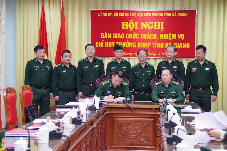 Bộ Quốc phòng điều động, bổ nhiệm nhân sự - Ảnh 3.