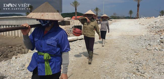 Quảng Ninh: Kỷ luật cán bộ liên quan vụ việc Công ty Phương Đông đổ đất lấn chiếm bãi triều ở Vân Đồn - Ảnh 3.