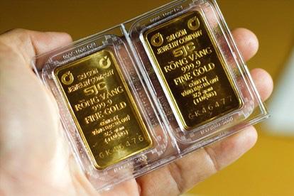 Giá vàng hôm nay 13/4: Lao dốc, vàng thế giới tiến sát về mức gần 49 triệu đồng/lượng - Ảnh 1.