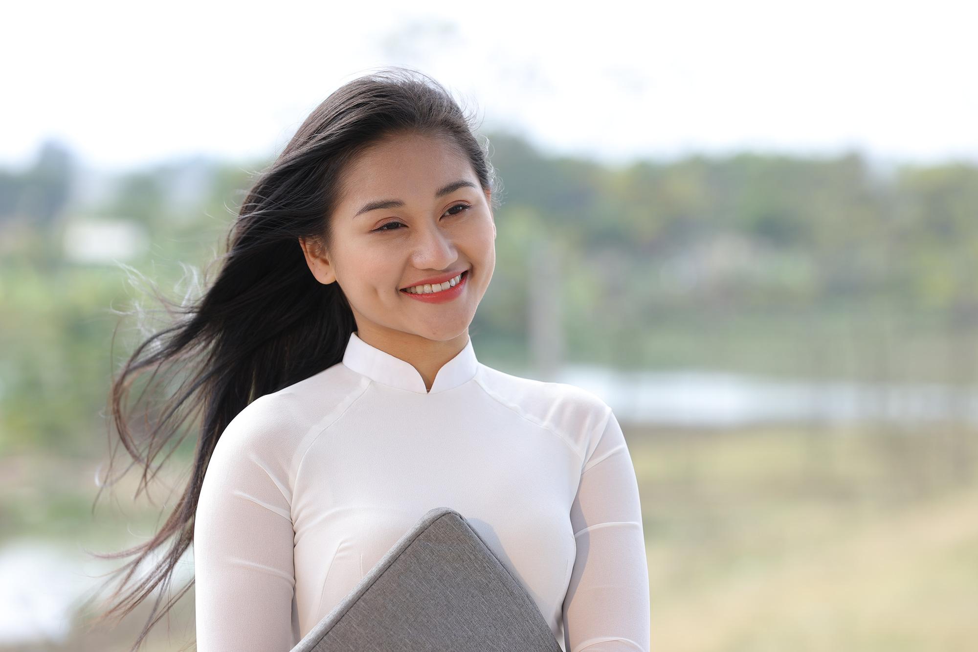 Á quân giọng hát hay Hà Nội tát bạn diễn sưng má trong phim ca nhạc - Ảnh 2.