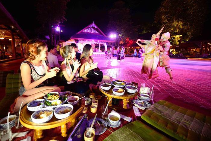 Du lịch 2021: Hà Nội và Huế lọt Top 10 điểm đến ẩm thực lý tưởng nhất Đông Nam Á - Ảnh 6.