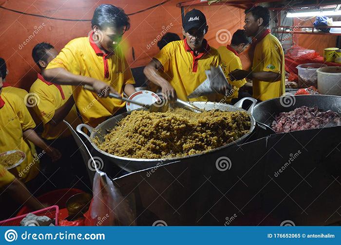 Du lịch 2021: Hà Nội và Huế lọt Top 10 điểm đến ẩm thực lý tưởng nhất Đông Nam Á - Ảnh 11.