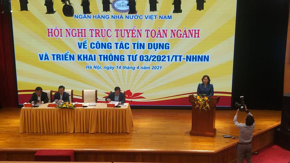 Thống đốc Nguyễn Thị Hồng: Tăng trưởng tín dụng nhưng không đánh đổi lợi nhuận với rủi ro  - Ảnh 1.