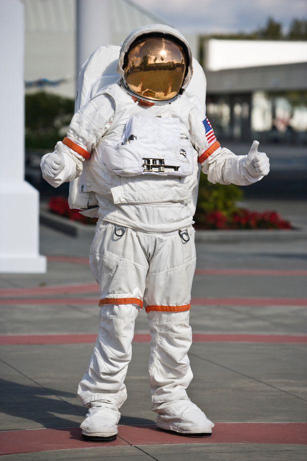 """Phi hành gia Nasa chia sẻ trải nghiệm lần đầu bay vào không gian: """"Mặt trời trông thật kỳ cục!"""" - Ảnh 3."""