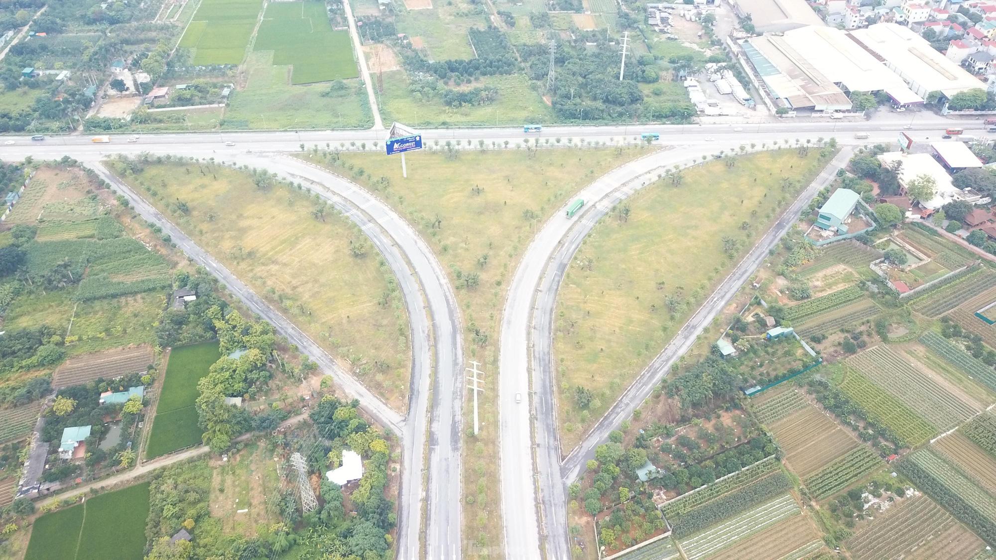 Tuyến đường 2.300 tỷ dài 15 km nối Hà Nội với Vĩnh Phúc hoạt động ra sao? - Ảnh 9.