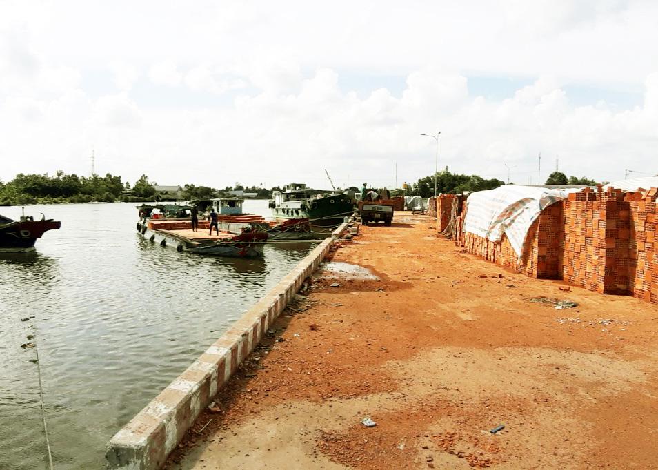 Cảng Cà Mau gần 150 tỷ đồng hoạt động cầm chừng: Phê duyệt phương án cho thuê quyền khai thác - Ảnh 1.