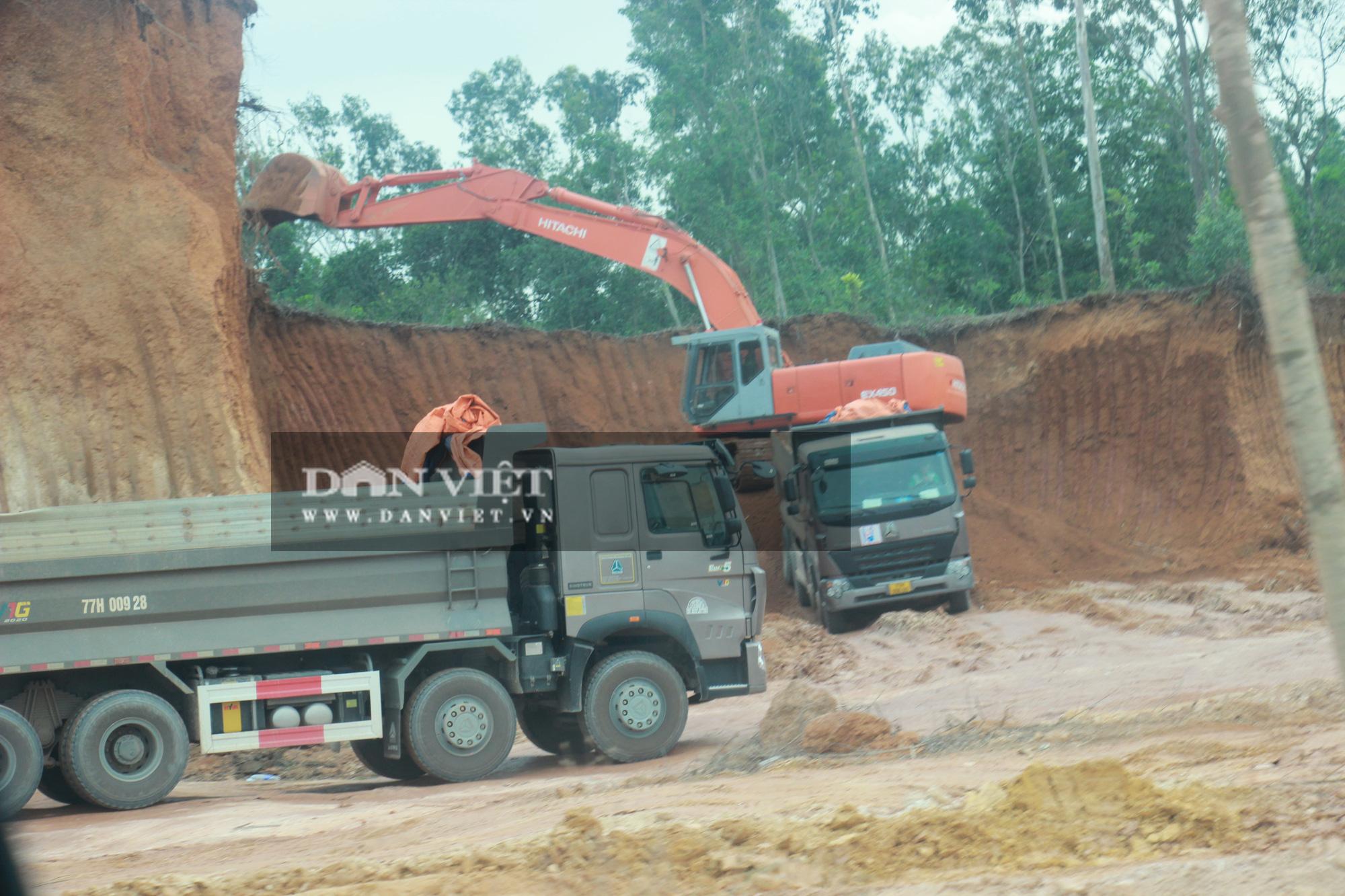 """Bình Định: Đoàn xe hổ vồ """"siêu tải"""" Bá Sanh Đường tung hoành - Ảnh 3."""