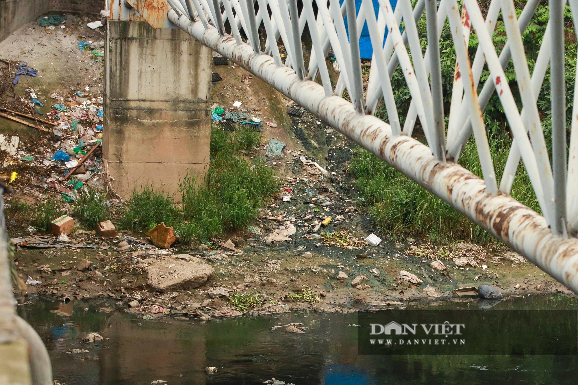 Điểm mặt những con sông ô nhiễm có tiếng ở Hà Nội - Ảnh 9.