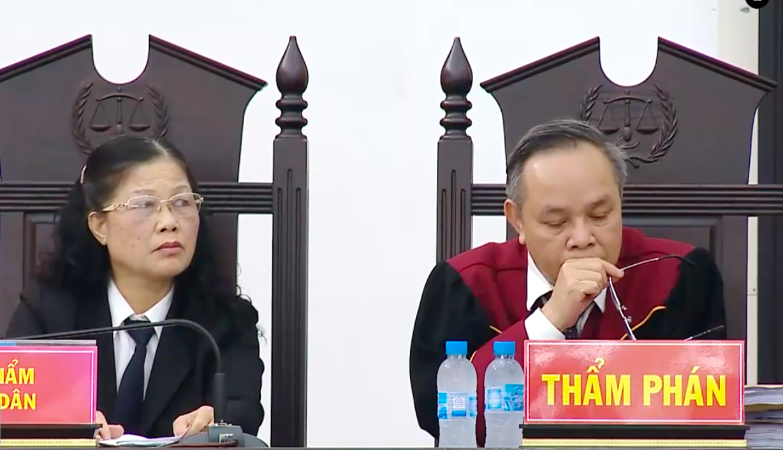 Thẩm phán Trương Việt Toàn: Bộ Công Thương ký gì cũng đúng, vụ án đã không có 19 bị cáo - Ảnh 1.