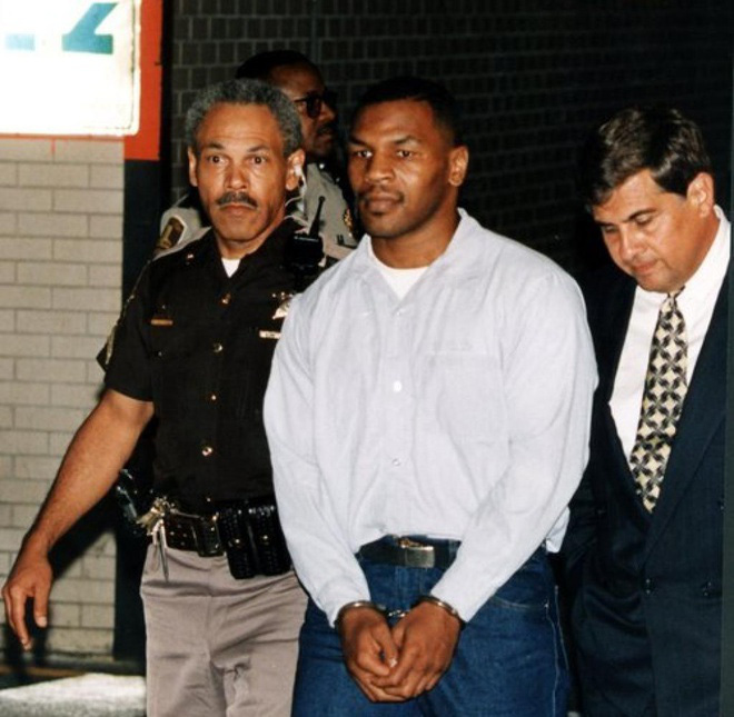 Giới trẻ lạc lối, Mike Tyson nghĩ tới chuyện... giết người - Ảnh 1.