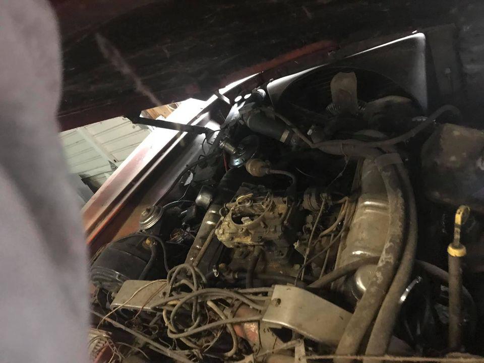 """Chiếc Studebaker Avanti 1963 từng phá vỡ 29 kỷ lục tốc độ, """"ngủ yên"""" 40 năm chờ ngày tái xuất - Ảnh 6."""