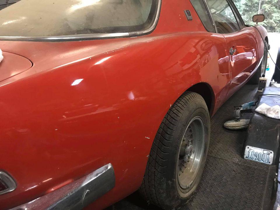 """Chiếc Studebaker Avanti 1963 từng phá vỡ 29 kỷ lục tốc độ, """"ngủ yên"""" 40 năm chờ ngày tái xuất - Ảnh 2."""