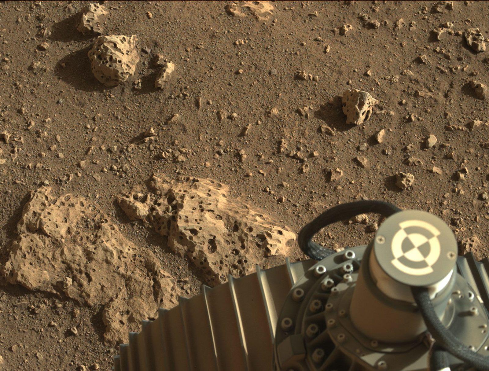 NASA công bố những hình ảnh mới nhất tại sao Hỏa - Ảnh 13.