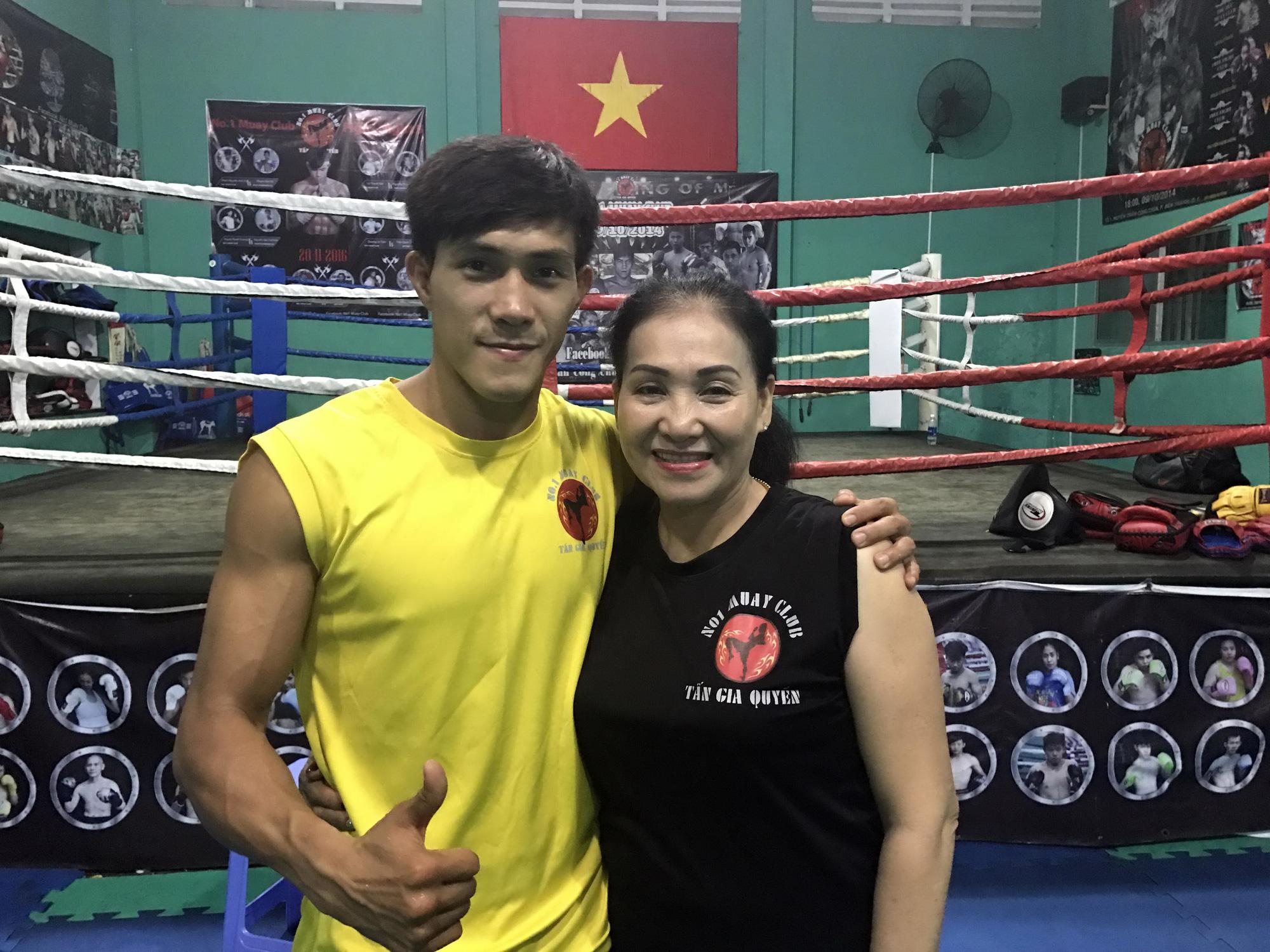 """Bí mật về Nguyễn Trần Duy Nhất: Mẹ là võ sĩ MMA """"vô đối"""" tại Việt Nam - Ảnh 1."""
