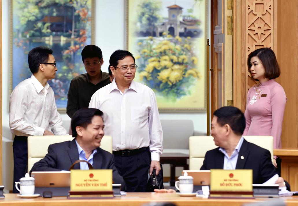 Phiên họp Chính phủ đầu tiên do Thủ tướng Phạm Minh Chính chủ trì - Ảnh 5.