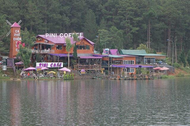 Nhiều ki ốt tại hồ Tuyền Lâm hết hạn thuê nhưng chưa được hoàn trả mặt bằng - Ảnh 3.
