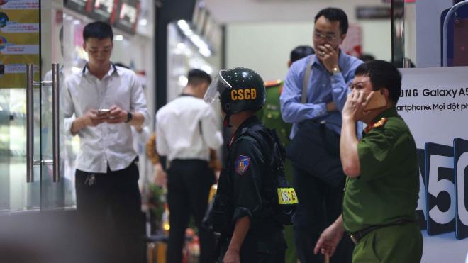 Xét xử cả thứ 7, chủ nhật ở vụ án ông Nguyễn Đức Chung chiếm đoạt tài liệu - Ảnh 3.